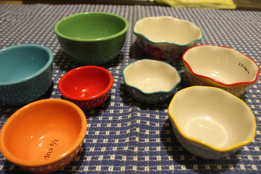 small bowls to use in the kitchen