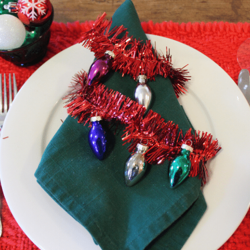 Simple Holiday Table - Garland as a napkin ring