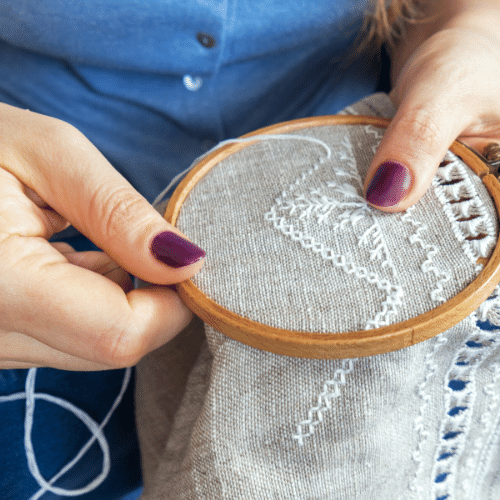 Embroidery with friends