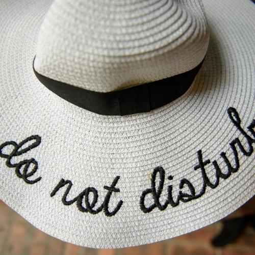 'do not disturb' - I am on vacation!
