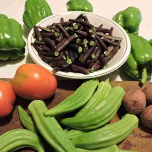 fresh snapped peas