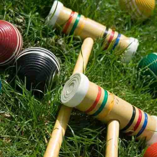 croquet  make a fun game at a picnic