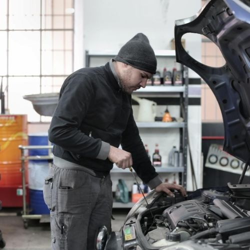 know how to change the oil in your car