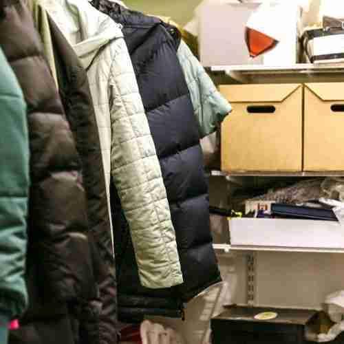 get rid of clutter in a closet