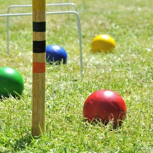 croquet is a familiar type of lawn games