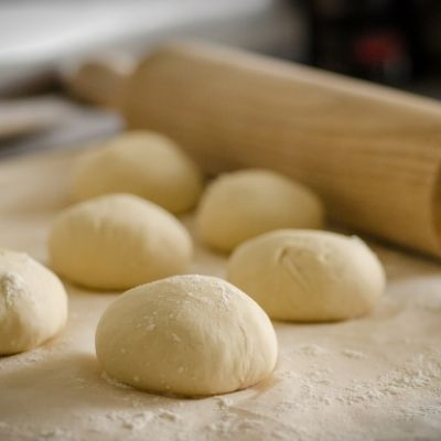 learn to bake bread and rolls as part of your personal 2021 Challenge