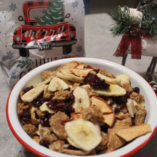 trail mix is great for last minute gifts for Christmas