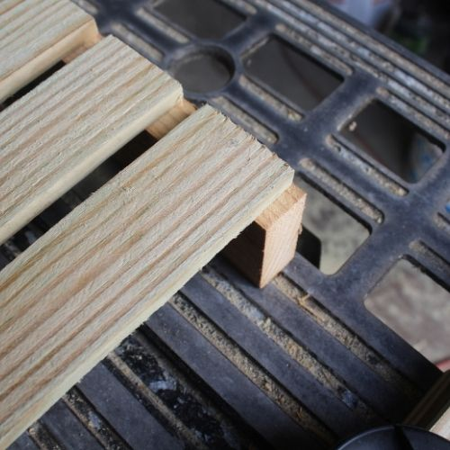 build a seed tray